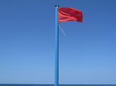 red-flag-908686_640